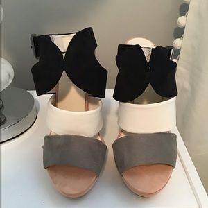 Shoe Dazzle Suede Heels Size 8